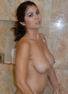 Big Breasted Babe Mai Ly Teases With Her Huge Tits In The Shower - Picture 7
